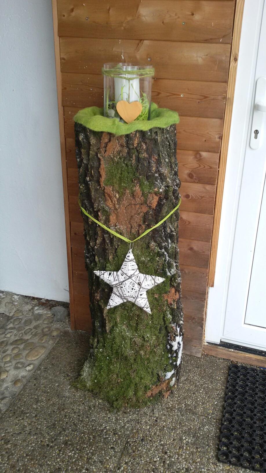 baumstamm birke dekoration im eingangsbereich weihnachten avec birkenholz deko weihnachten et 0 birkenholz deko weihnachten sur la cat gorie home deko ideen