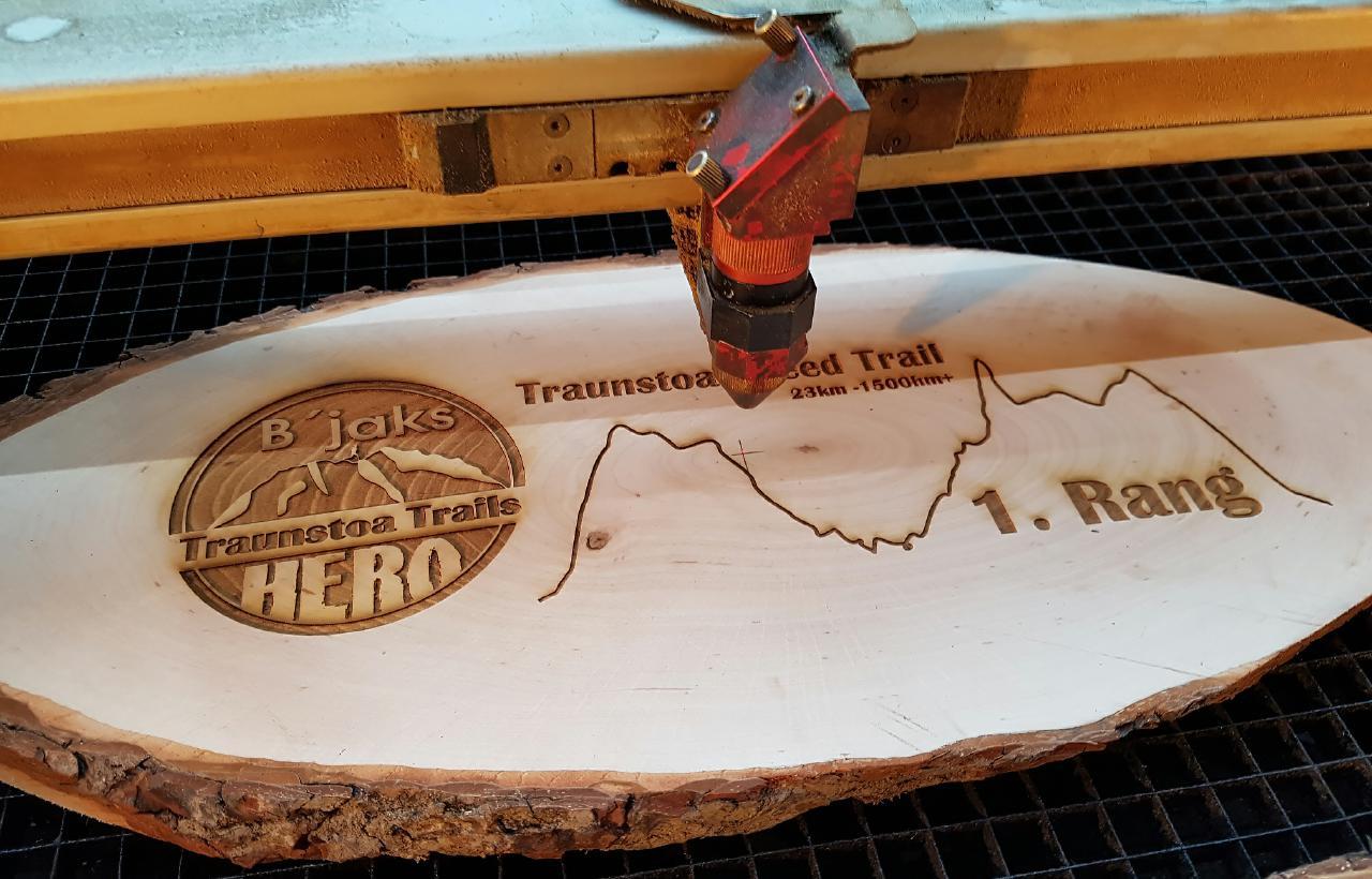 Alte Holzbalken Dekoration Best Of Lasergravur Auf Holz