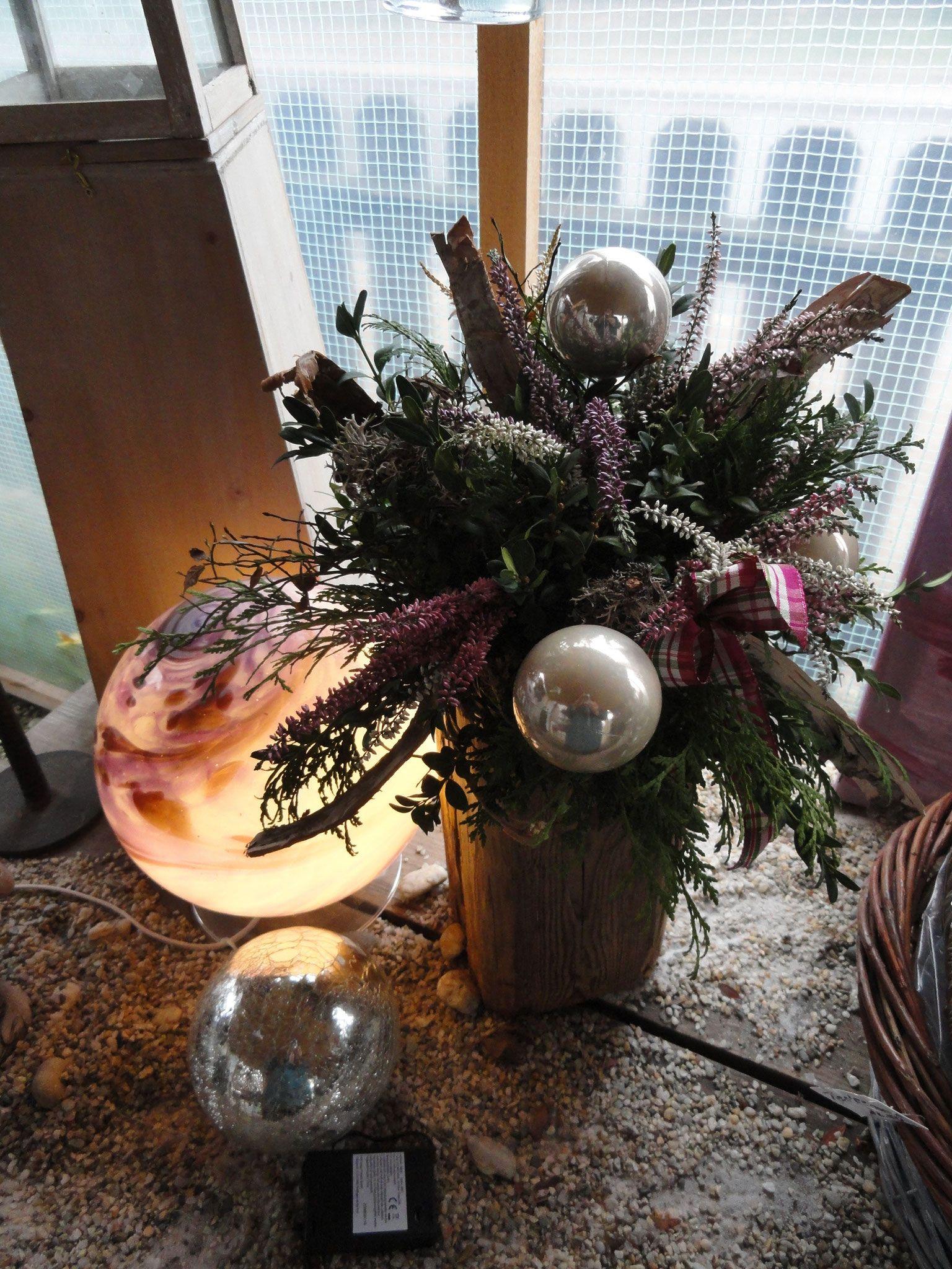 Alte Holzbalken Dekoration Einzigartig Alter Holzbalken Als Tischdeko Im Weihnachtsgewand