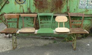 38 Einzigartig Alter Stuhl Als Gartendeko