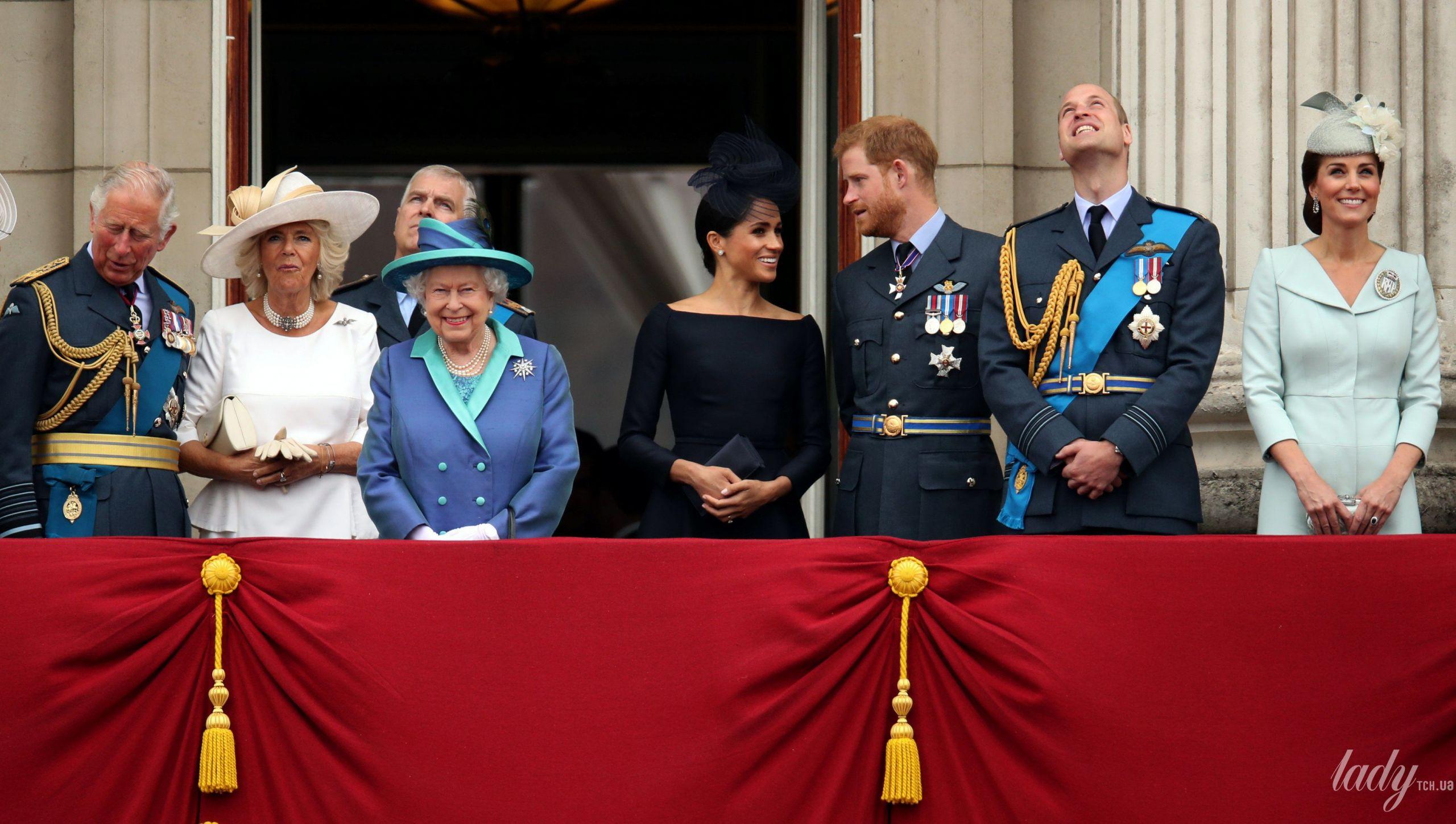 Balkon Dekoration Schön СобраРись на баРконе британская короРевская семья набРюдает