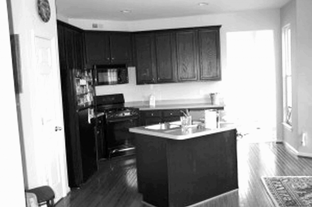 black and white vinyl flooring 30 perfect white kitchen cabinets with dark hardwood floors from black and white vinyl flooring
