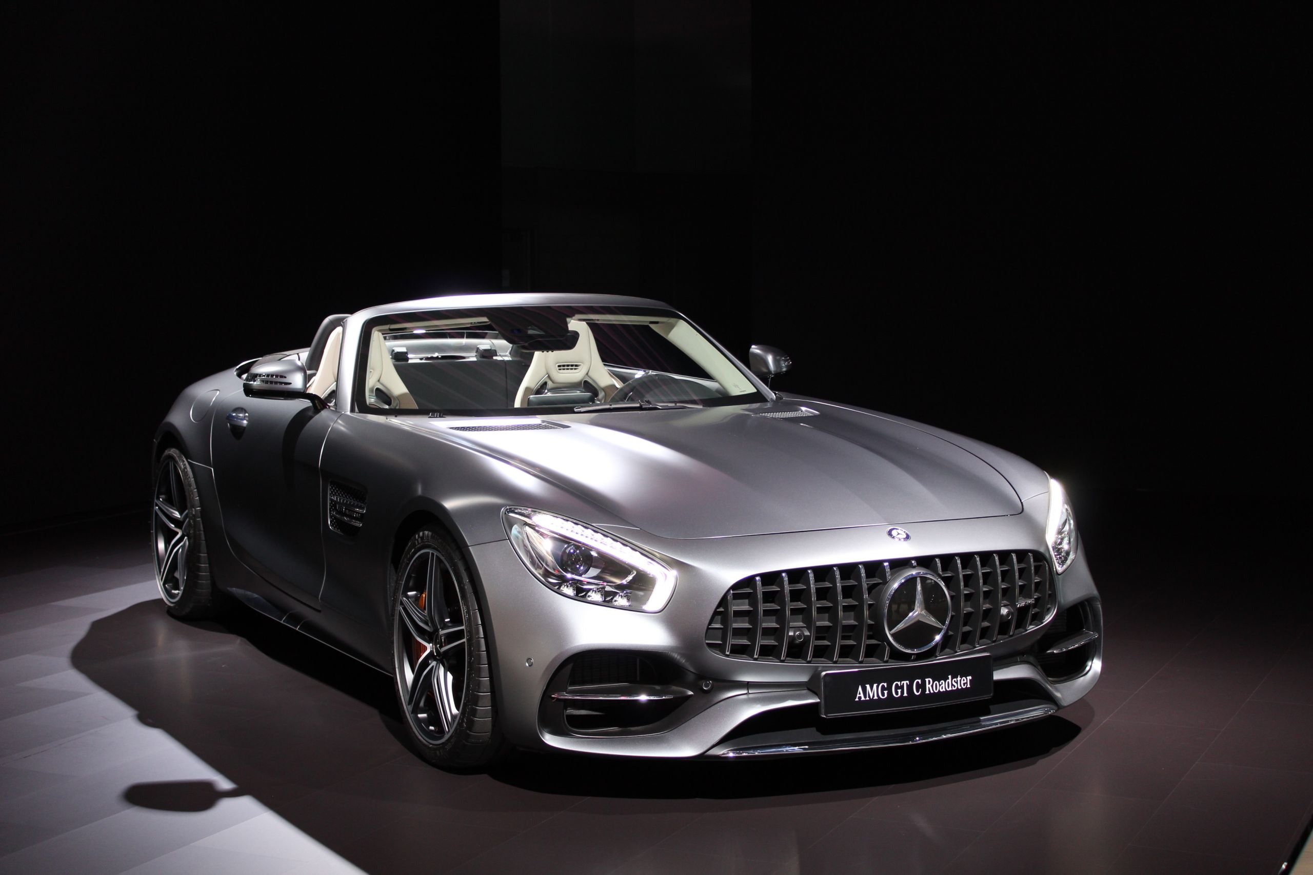 2016 LA Auto Show Mercedes AMG GT C Roadster