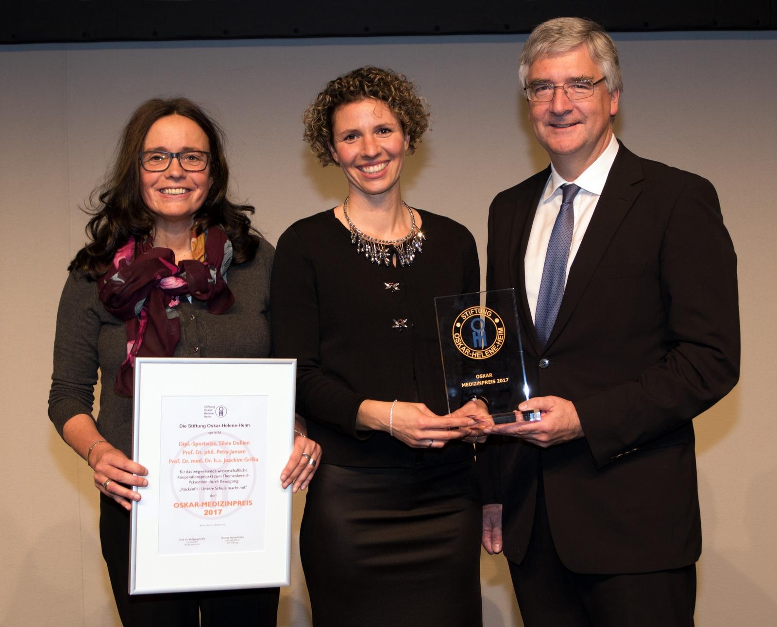 Preisträger OSKAR Medizinpreis 2017 [Quelle Jan Evers] für Pressemailer