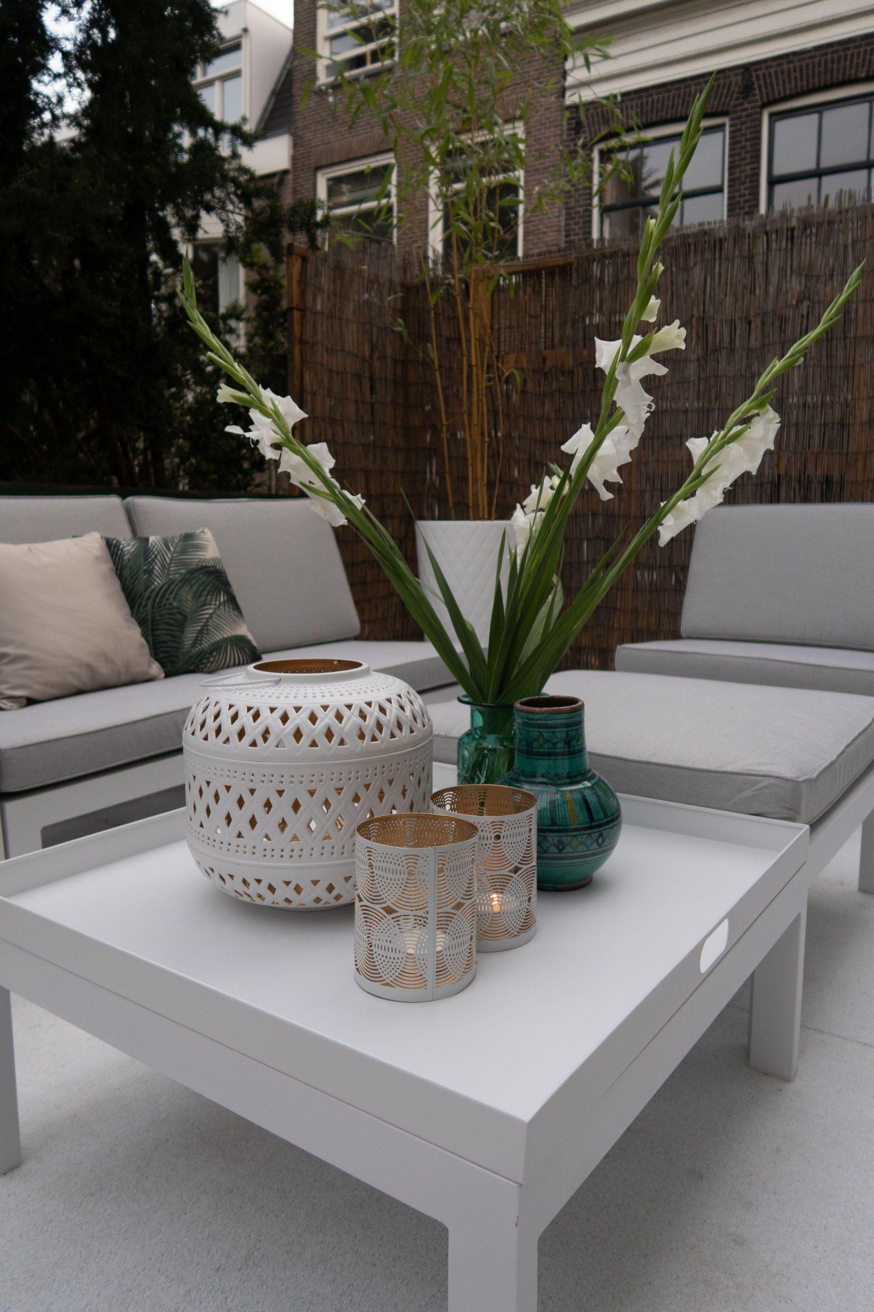 deko beistelltisch tolle ideen fa c2 bcr terrasse oder den balkon lounge