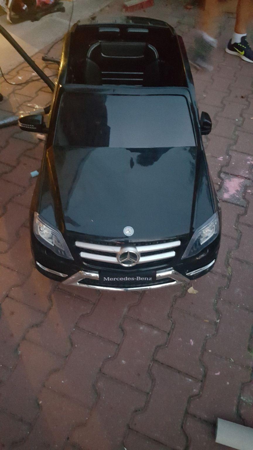 Elektro Auto Mercedes ec52c4
