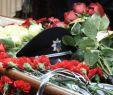 Dekoration Garten Frisch В Одессе простиРись с поРицейским убитым во время