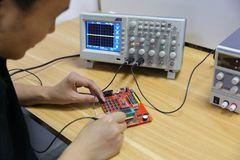Faschingskostüme Für Damen Schön 电子设备和使用示波器的电路板07 04 03male师