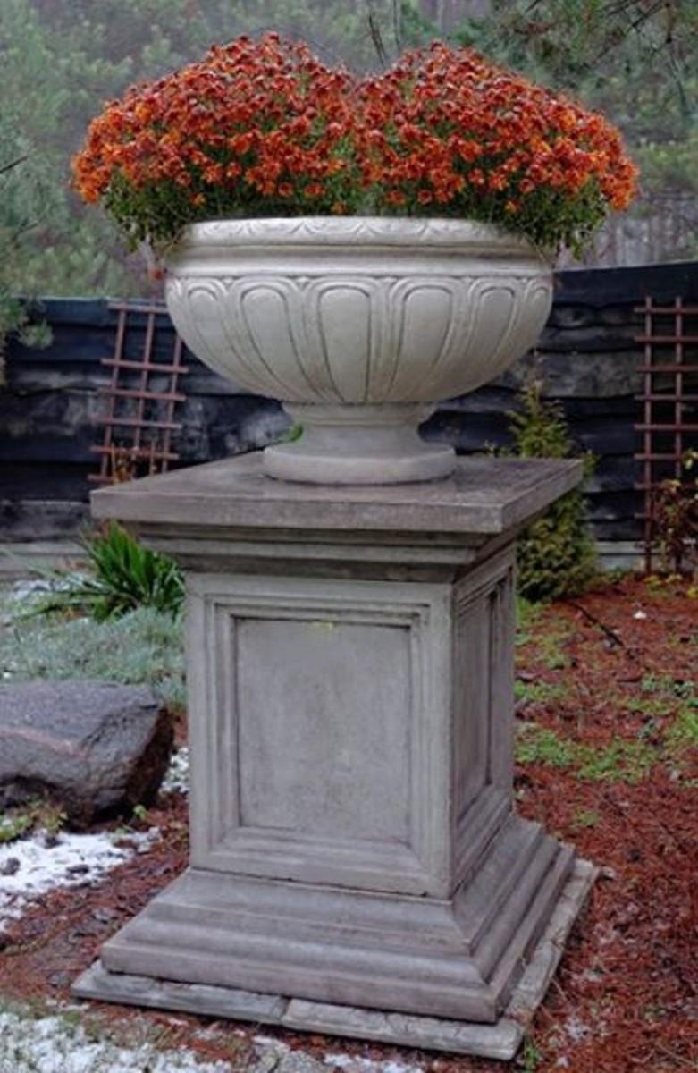 Casa Padrino Barockstil Deko Beton Sockel Grau 37 x 37 x H 42 cm Barock Garten Dekoration 1 JPG