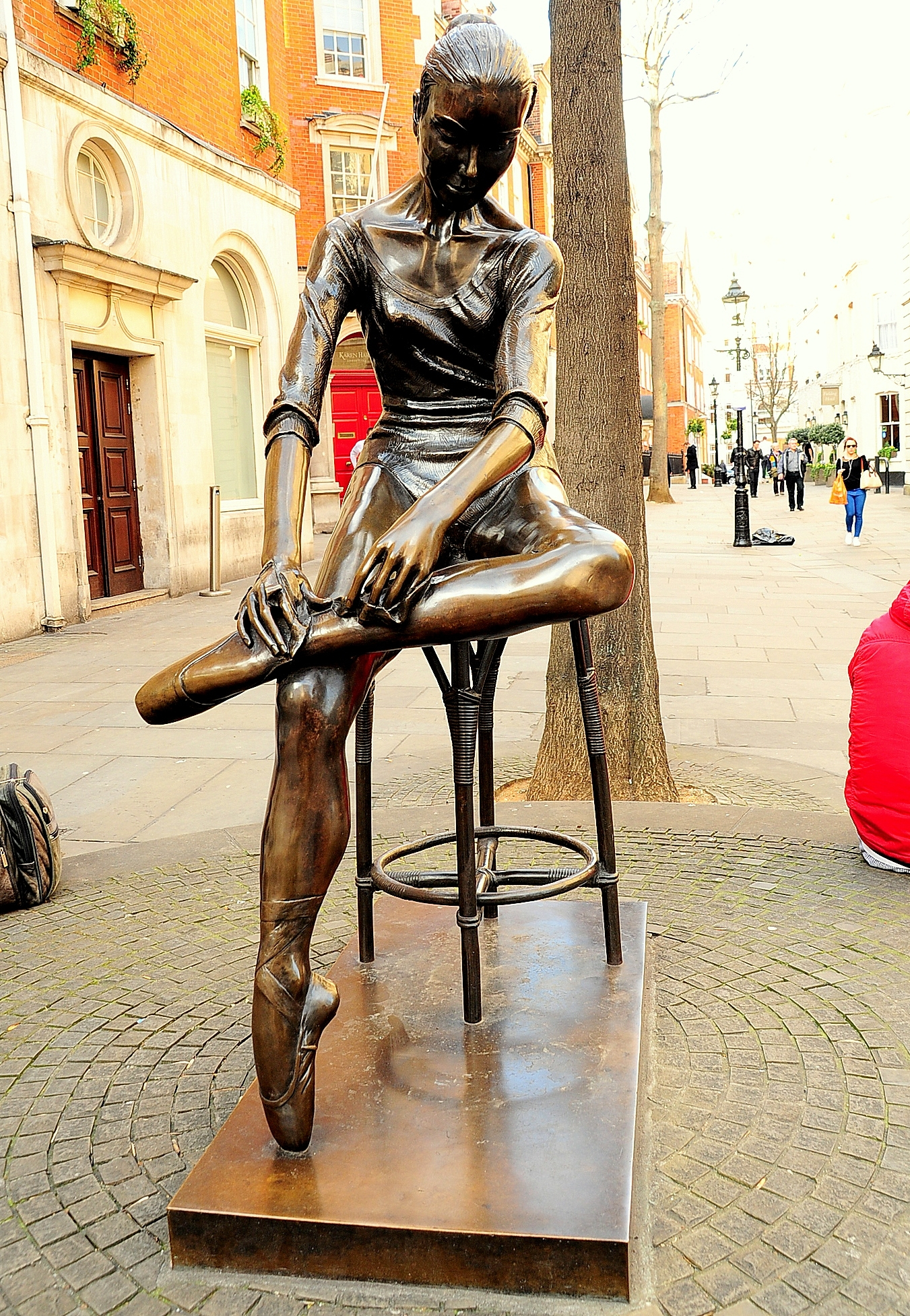 Young Dancer Statue Covent Garden London