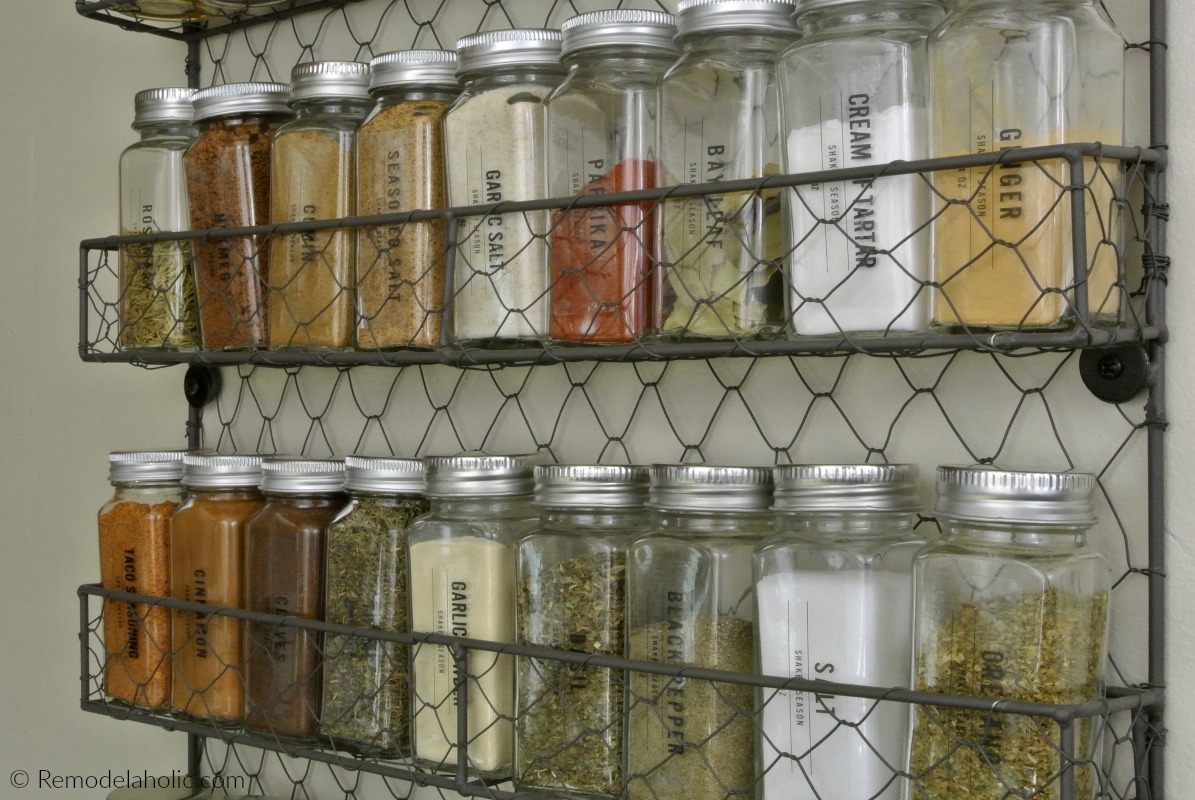affordable chicken wire wall shelf as a modern farmhouse spice rack printable spice labels remodelaholic