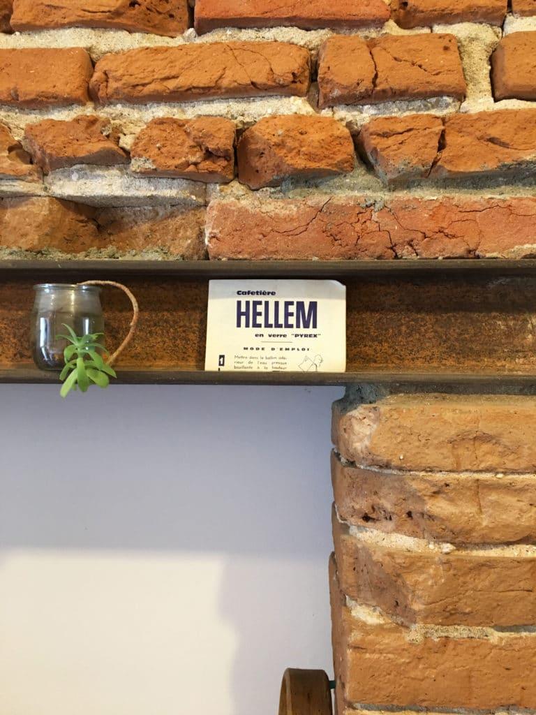 intérieur authentique cuisine originale design sur mesure pour un intérieur atypique en brique forraine toulousaine dessiné et fabriqué par le studio superstrate toulouse 768x1024