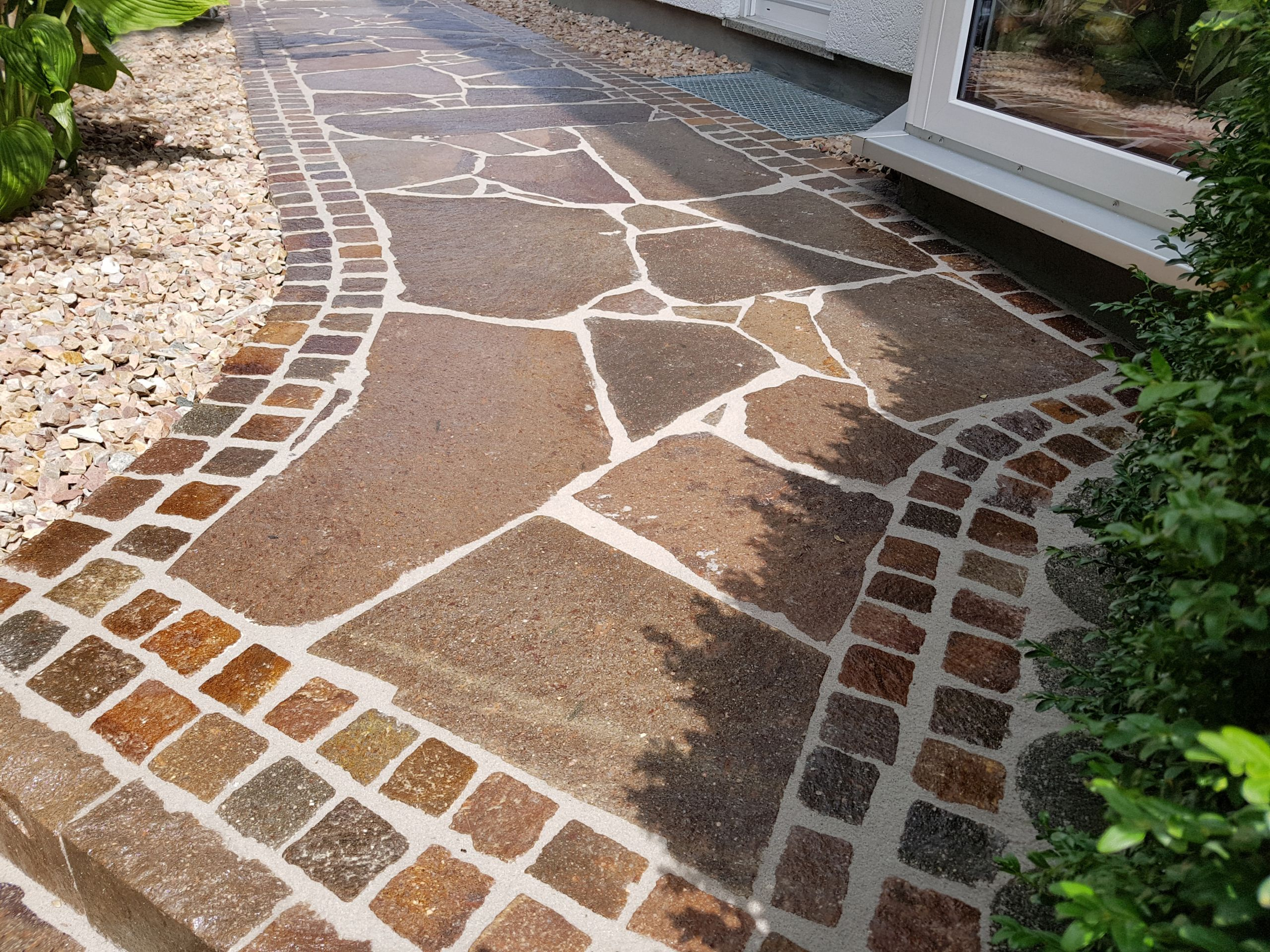 simple gartenweg pflastern pflasterarbeiten gartenbau landschaftsbau