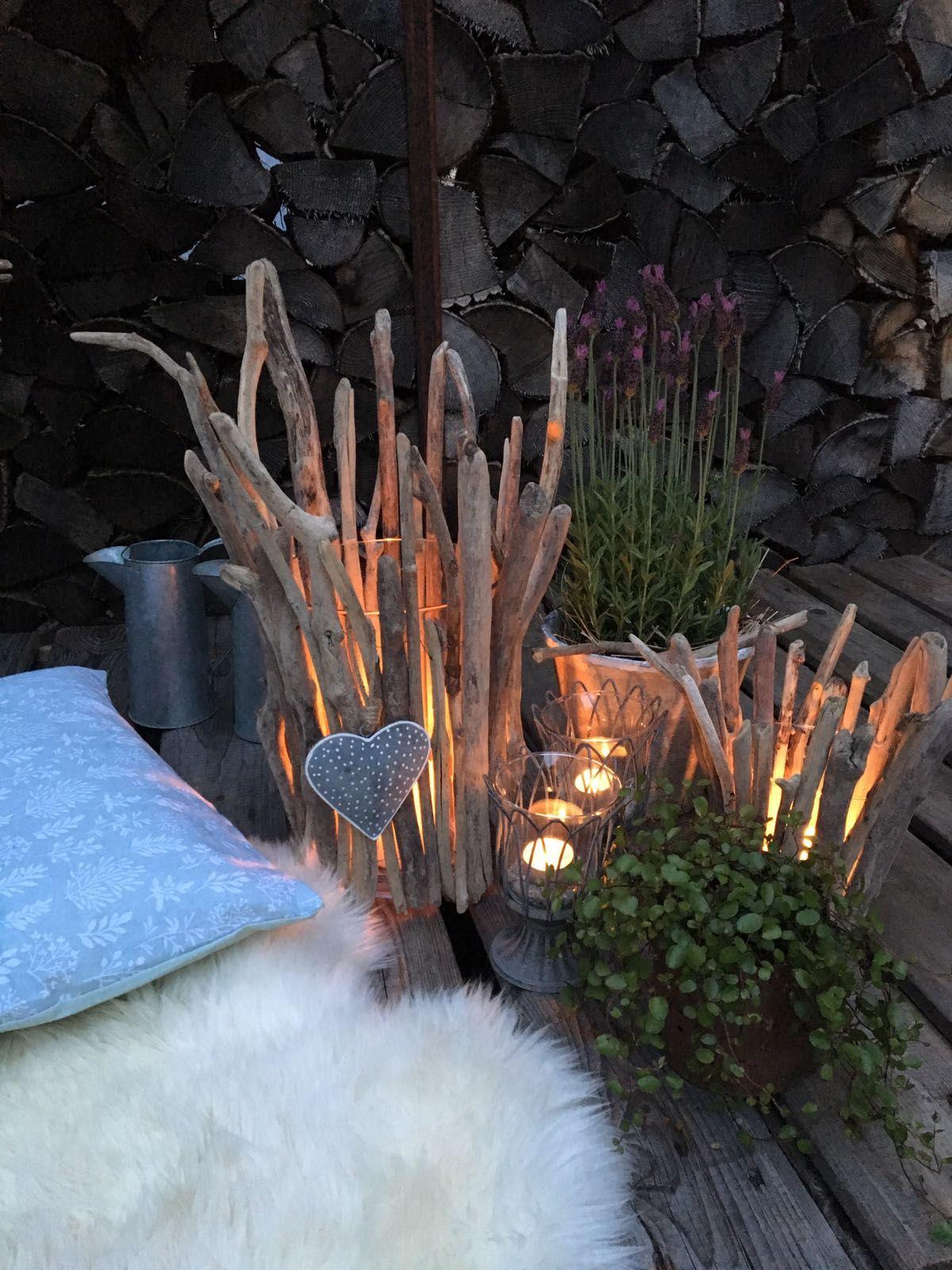 Deko Mauer Im Garten Genial sommerliche Abendstimmung Mit Schwemmholzlichtern