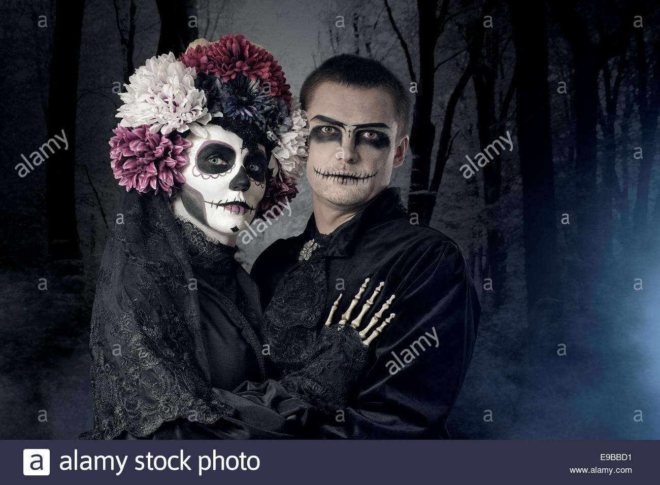 stockfoto halloween paar sugar skull bilden