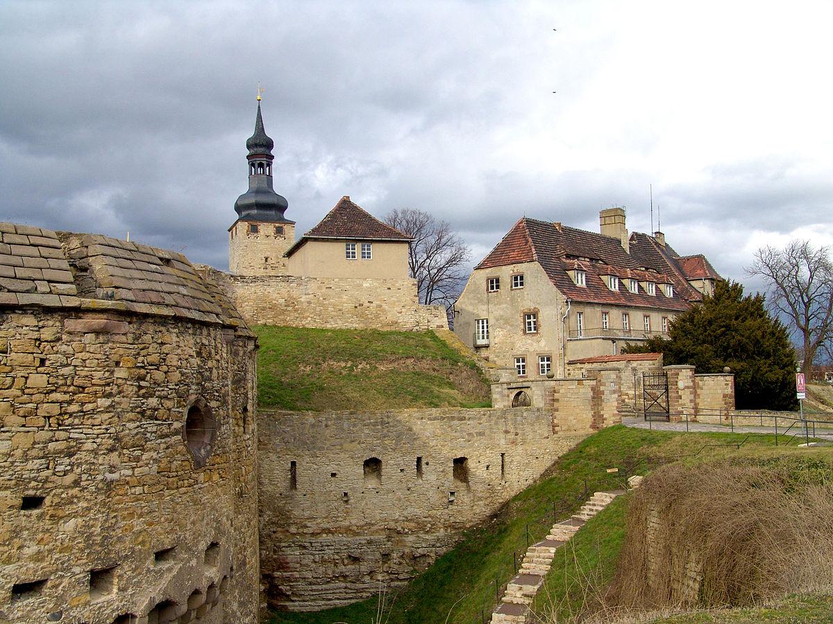 1200px Burg Querfurt 004