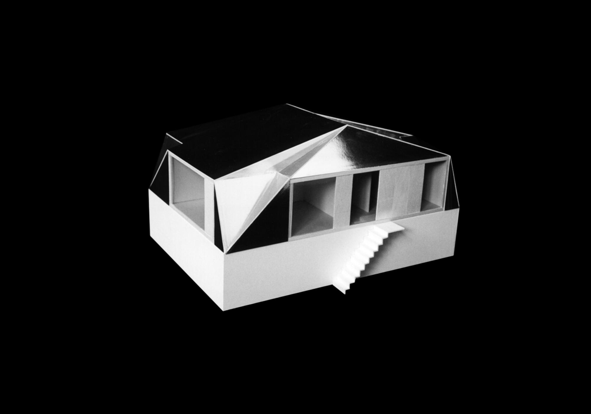 011 05 Lupsingen MM Modell 2 SCHWARZ NEU web