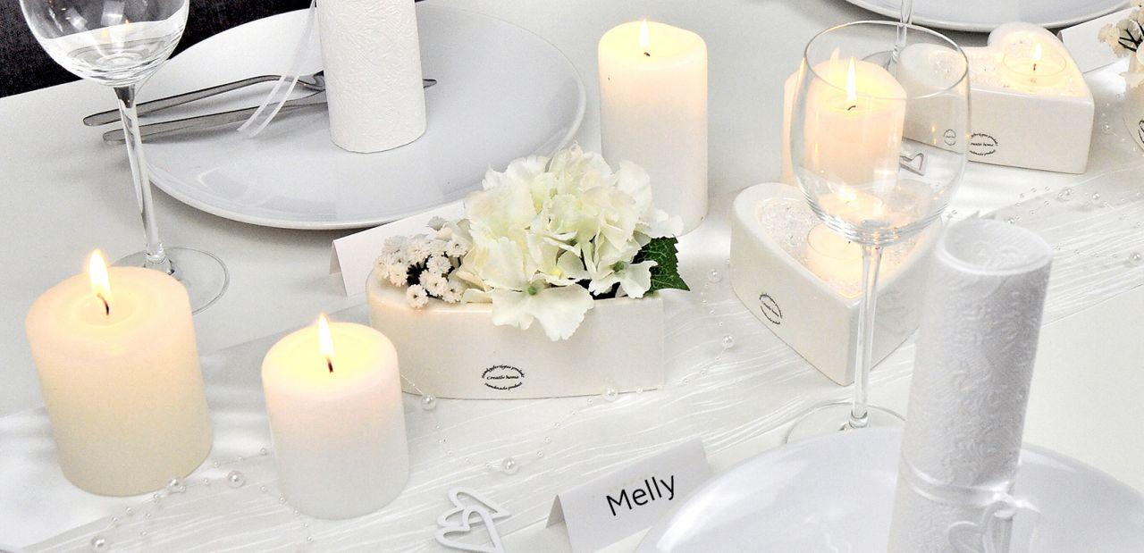 Tischdekoration Hochzeit Ganz in Weiss Detail neuCPHwwWkHAO7m8 1280x1280