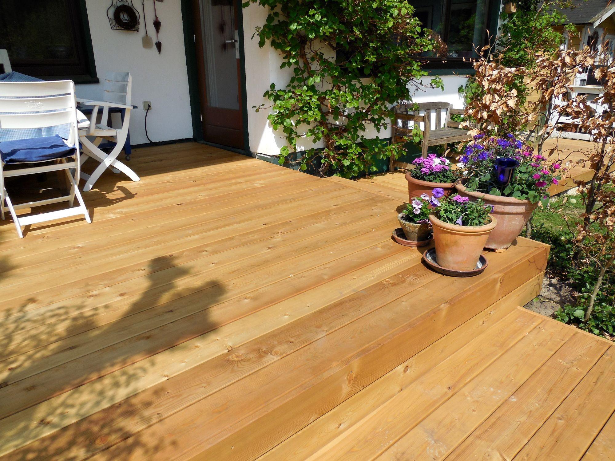 terrassen len aus larche holz via terrasse holz terrassenboden len terrasse larche of terrasse larche