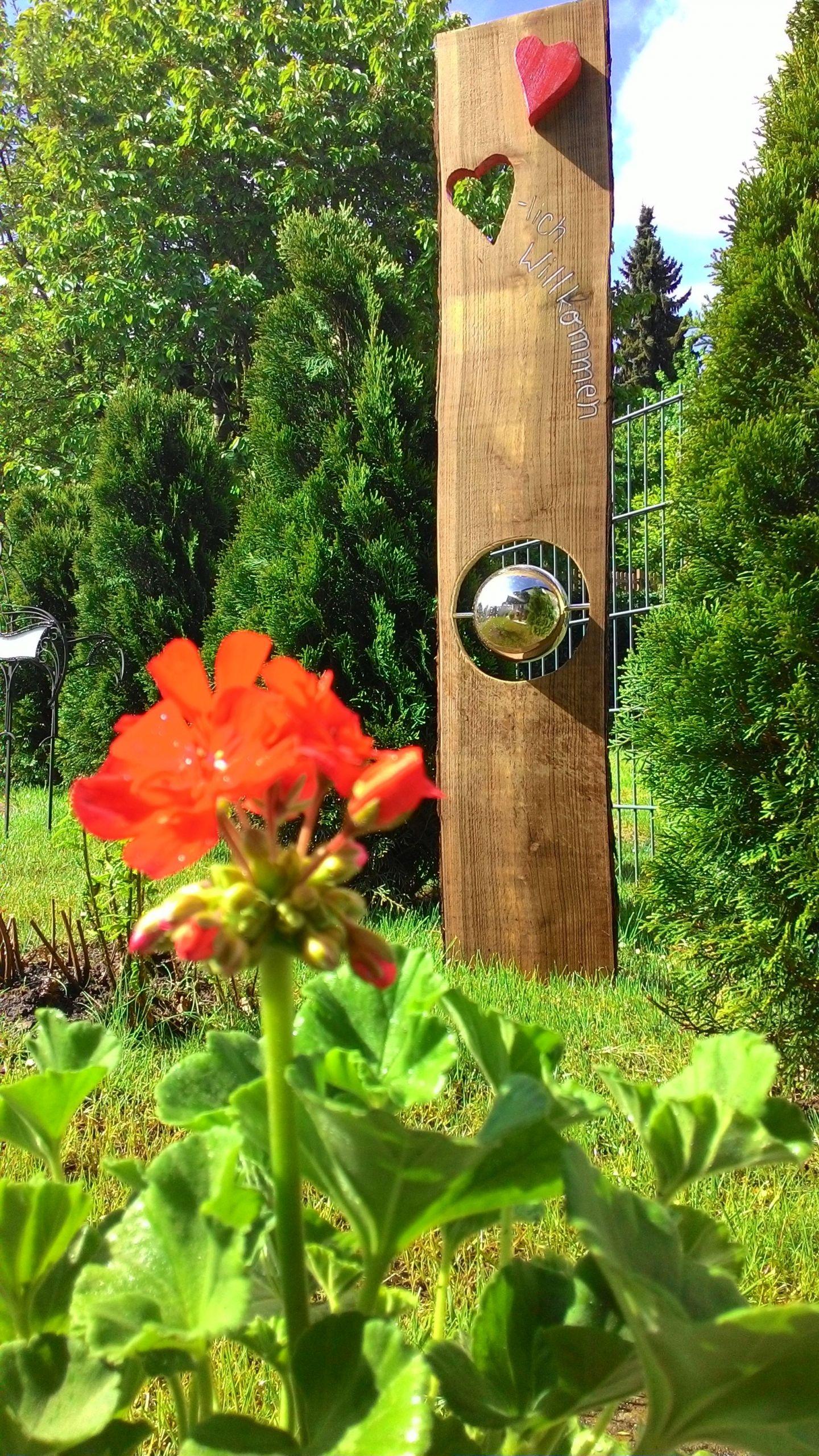 Holzdeko Für Den Garten Einzigartig Gartenstele Für Drinnen Und Draussen
