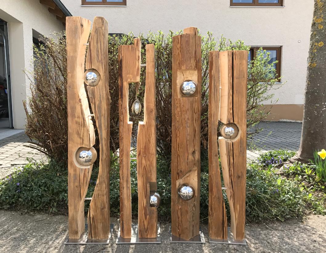 Holzfiguren Garten Selber Machen Inspirierend Altholzbalken Mit Silberkugel Modell 8