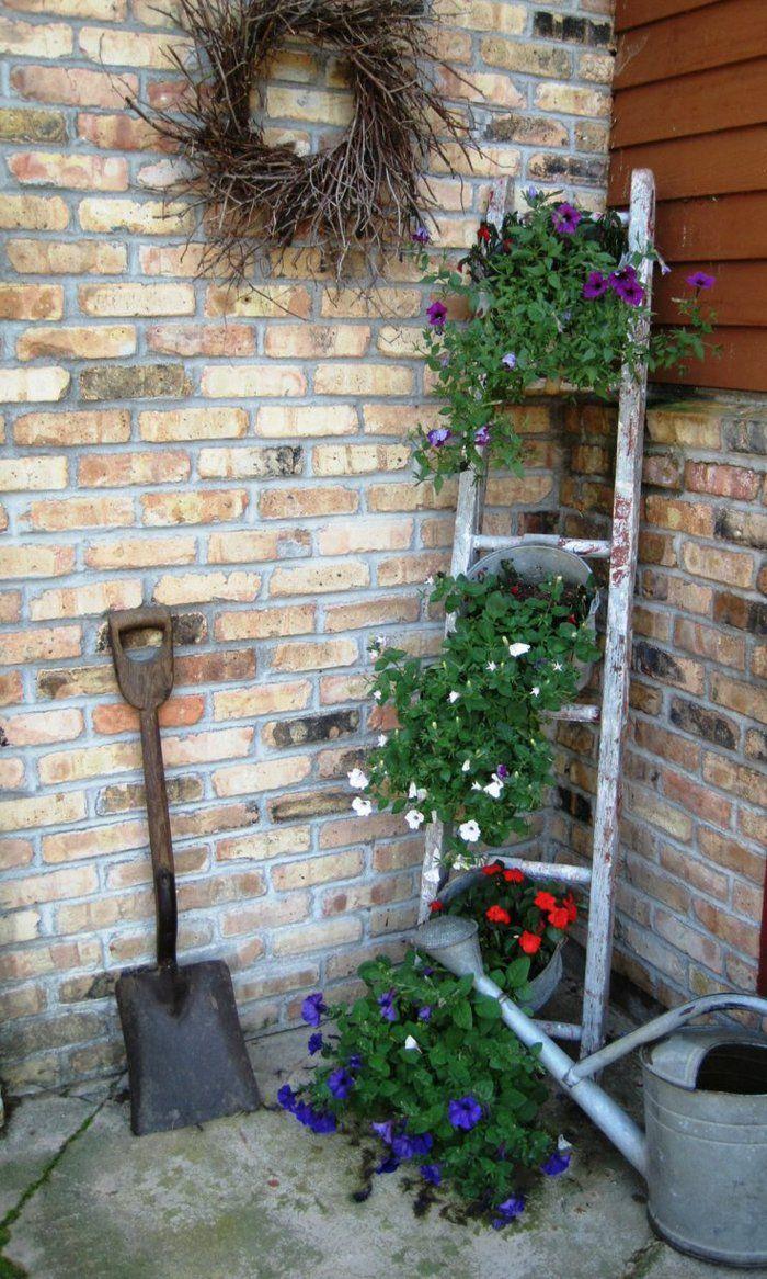 Holzleiter Deko Garten Einzigartig Vintage Deko Lässt Den Garten Charmanter Und Weiblicher