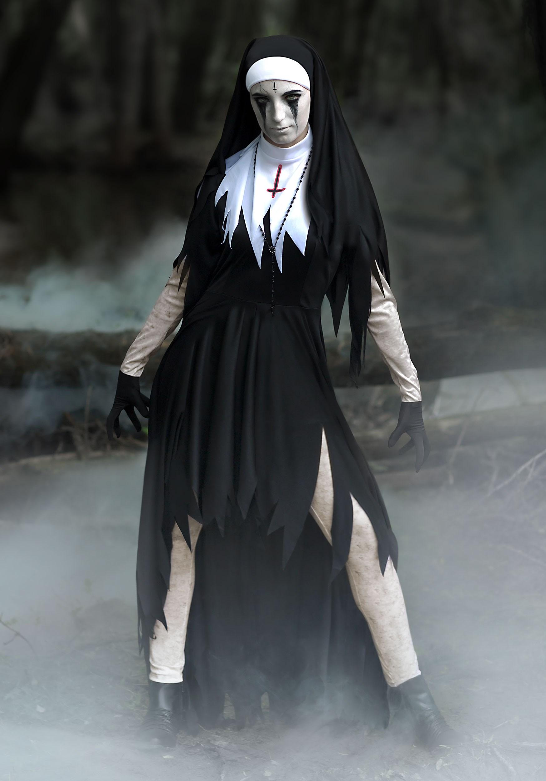 women s dreadful nun costume