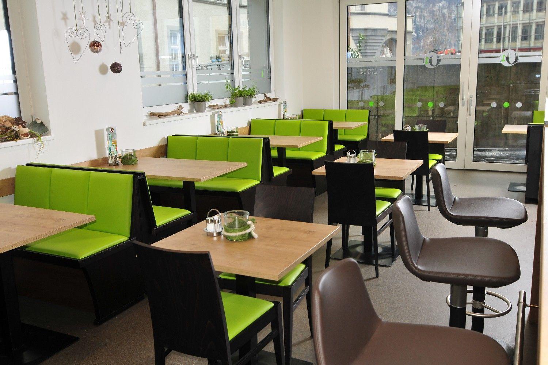 tische und stuehle fuer terrasse gastronomie cafe stuehle und tische dekoration bild idee schoen