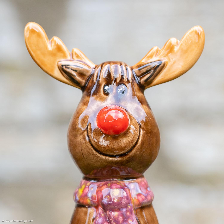 tangoo keramik elch fur den garten mit weinrotem halstuch rentier sw480YhBzCcW1u89kf