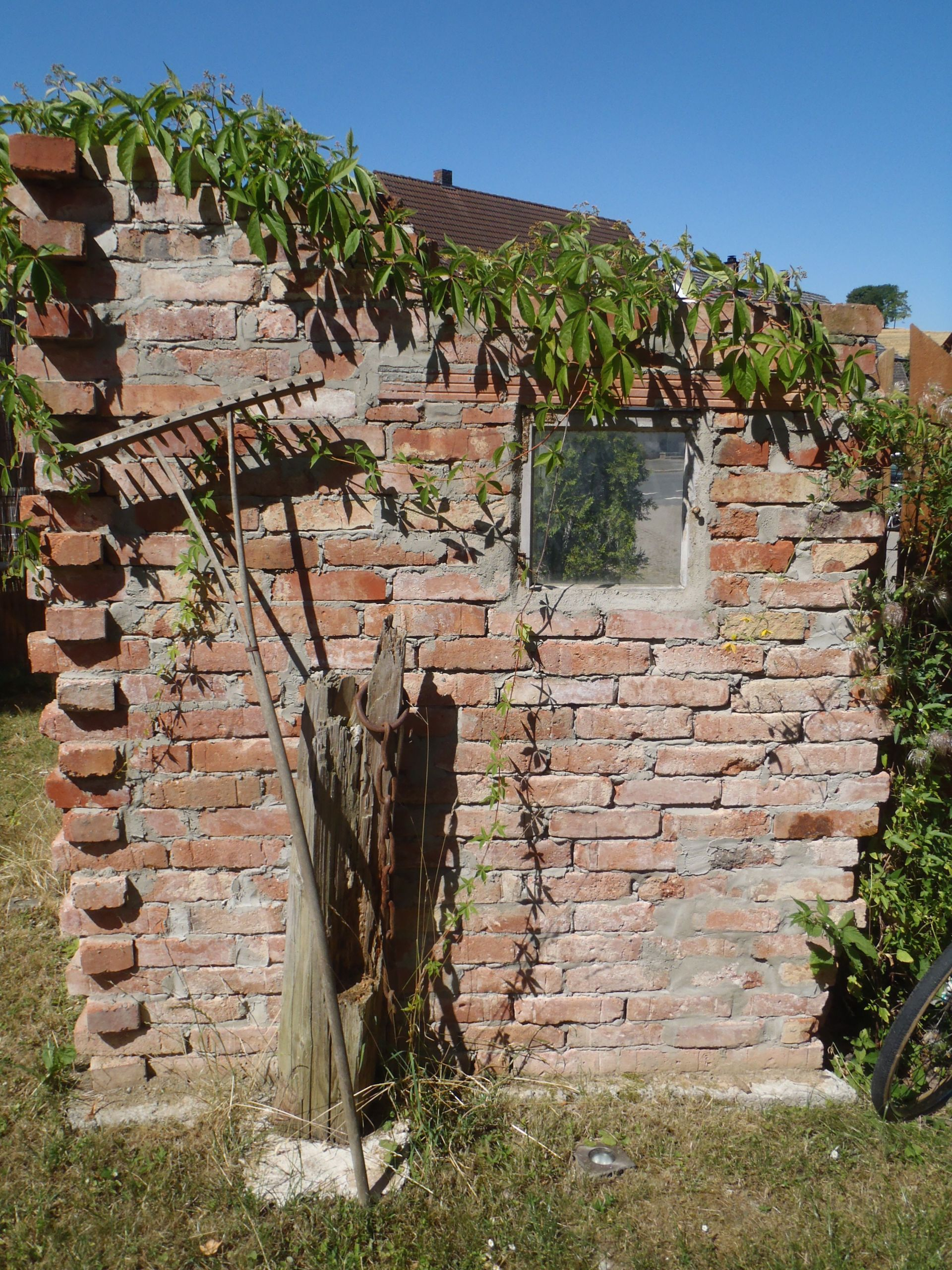 mauer aus alten backsteinen mein garten steinmauer garten bilder of steinmauer garten bilder scaled