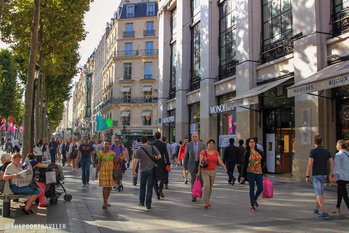 Champs Elysees Shopping in Paris