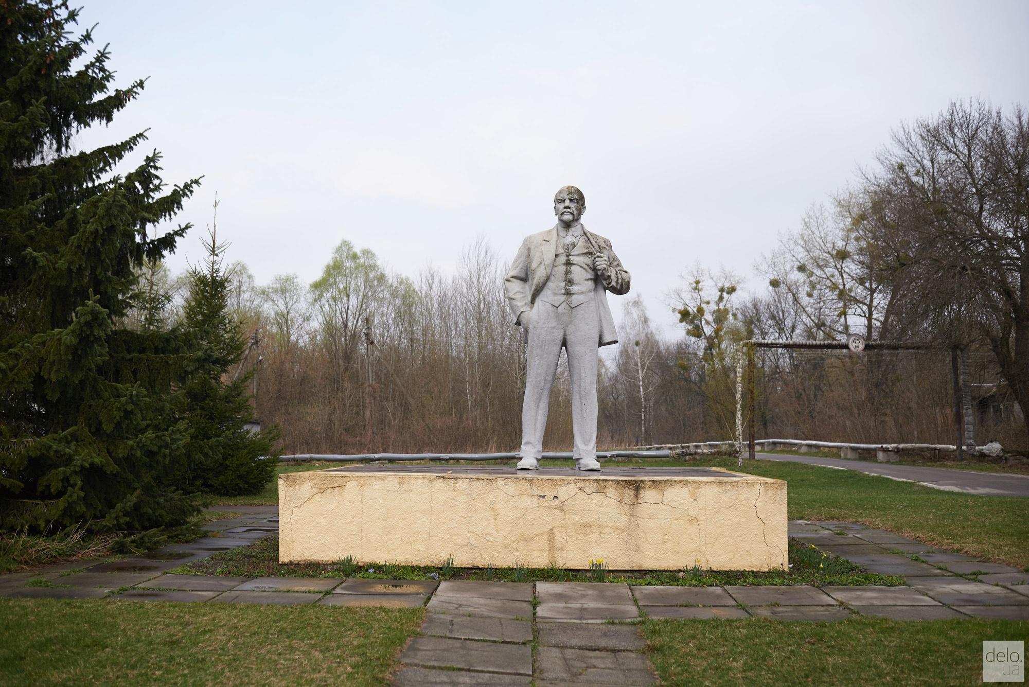 v chernobyle prodolzhaet od p0