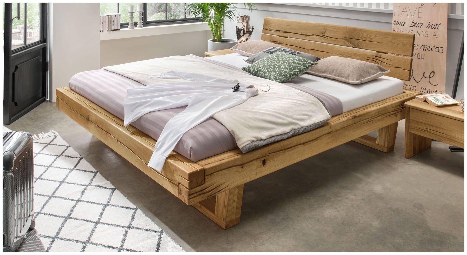 rustikales bett stabiles balkenbett aus hochwertigem wildeichenholz rigolato of rustikales bett