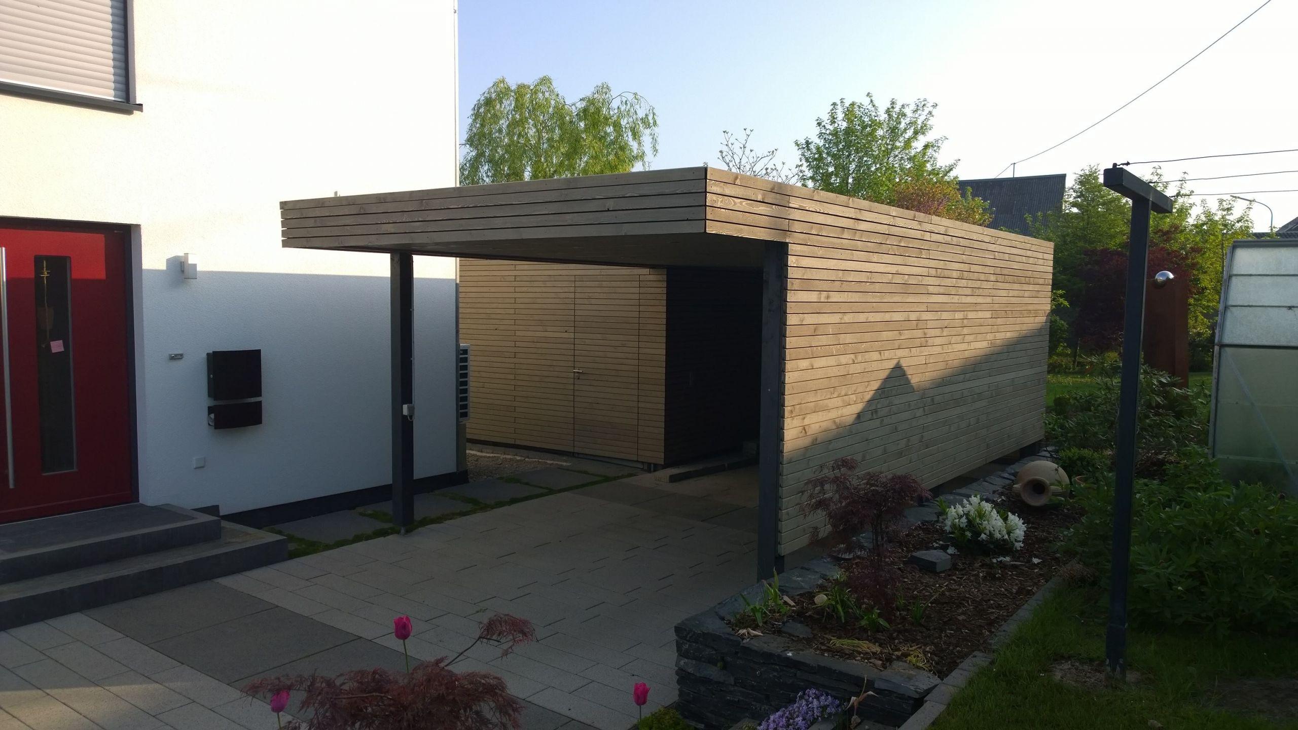 terrasse mit sichtschutz teil 1 moderner sichtschutz im garten sichtschutz larchenholz of sichtschutz larchenholz scaled