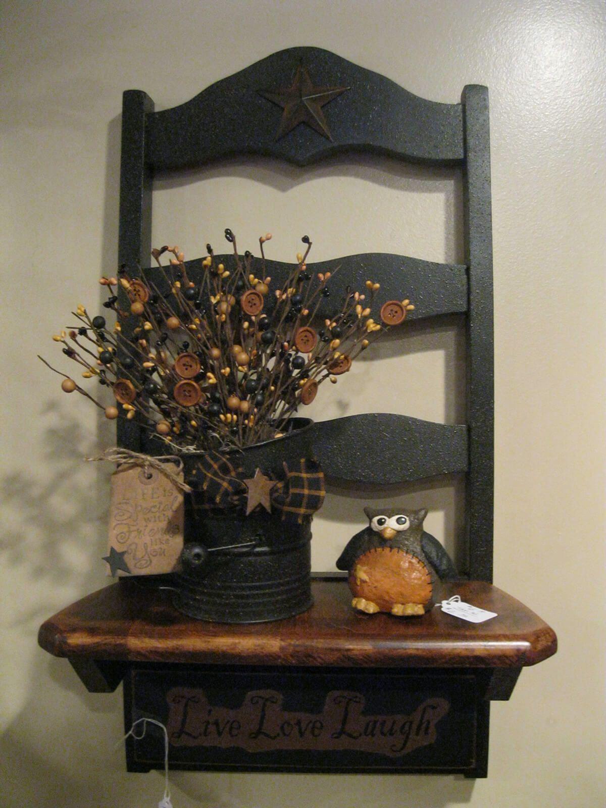Shabby Gartendeko Genial A Mantle with Flowers and An Owl