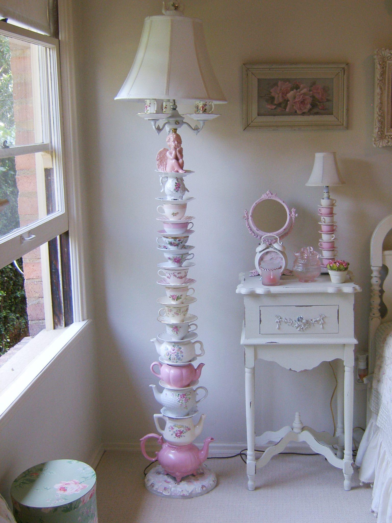 Shabby Gartendeko Luxus Teacup and Teapot Lamp