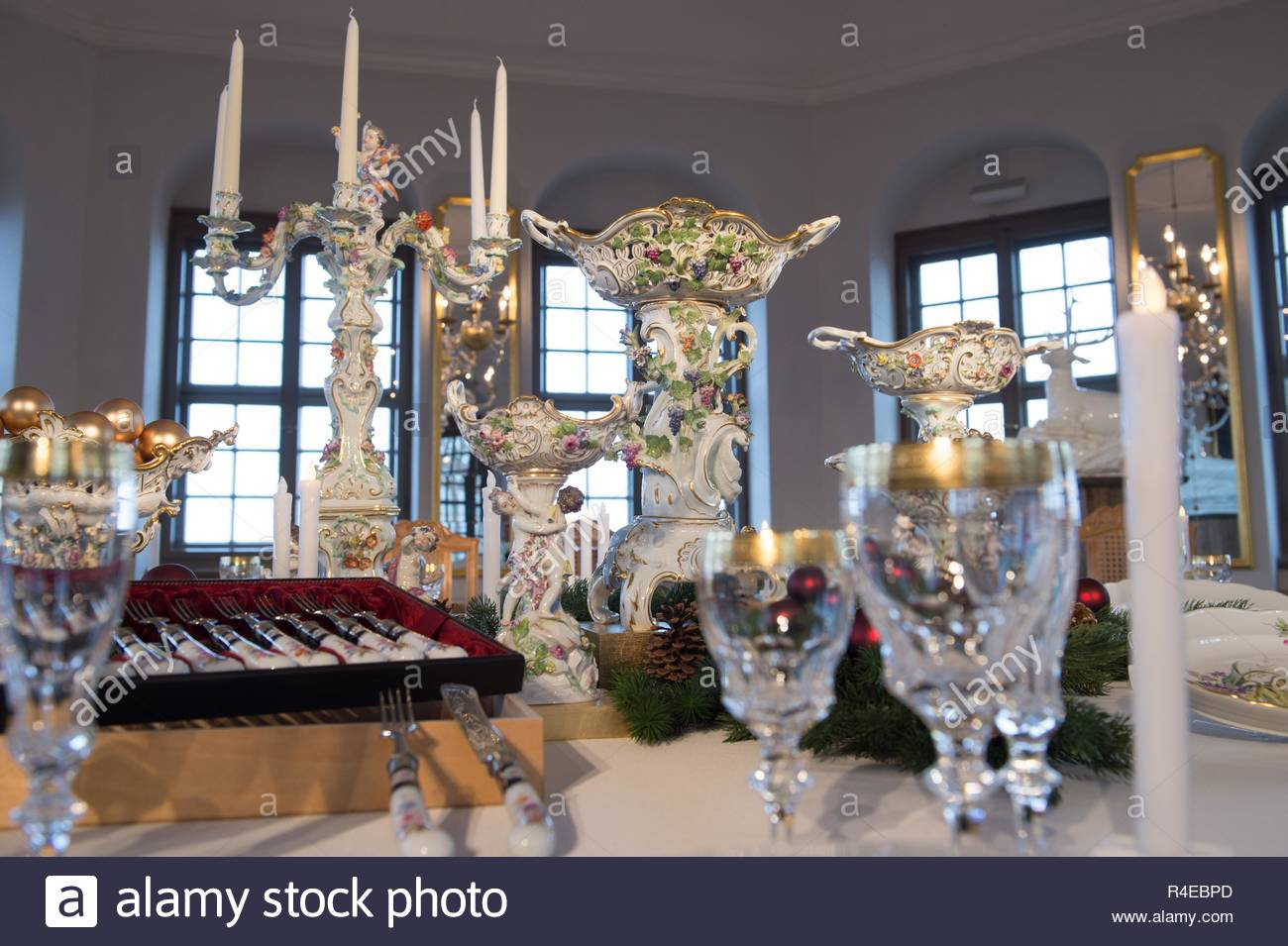 27 november 2018 saxony knigstein a sumptuous arrangement of original 18th century centrepieces from the state porcelain manufactory meissen stands on a table in the friedrichsburg fortress knigstein the setting in the baroque pleasure palace can be seen during the 23rd historical romantic christmas market on all four advent weekends photo sebastian kahnertdpa zentralbilddpa R4EBPD