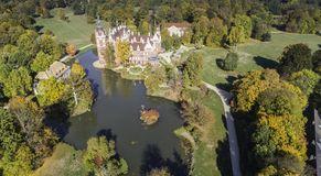 一座美丽的城堡和庭院 fã ¼ rst pã ckler公园在巴德穆斯考 从概略的看法 image