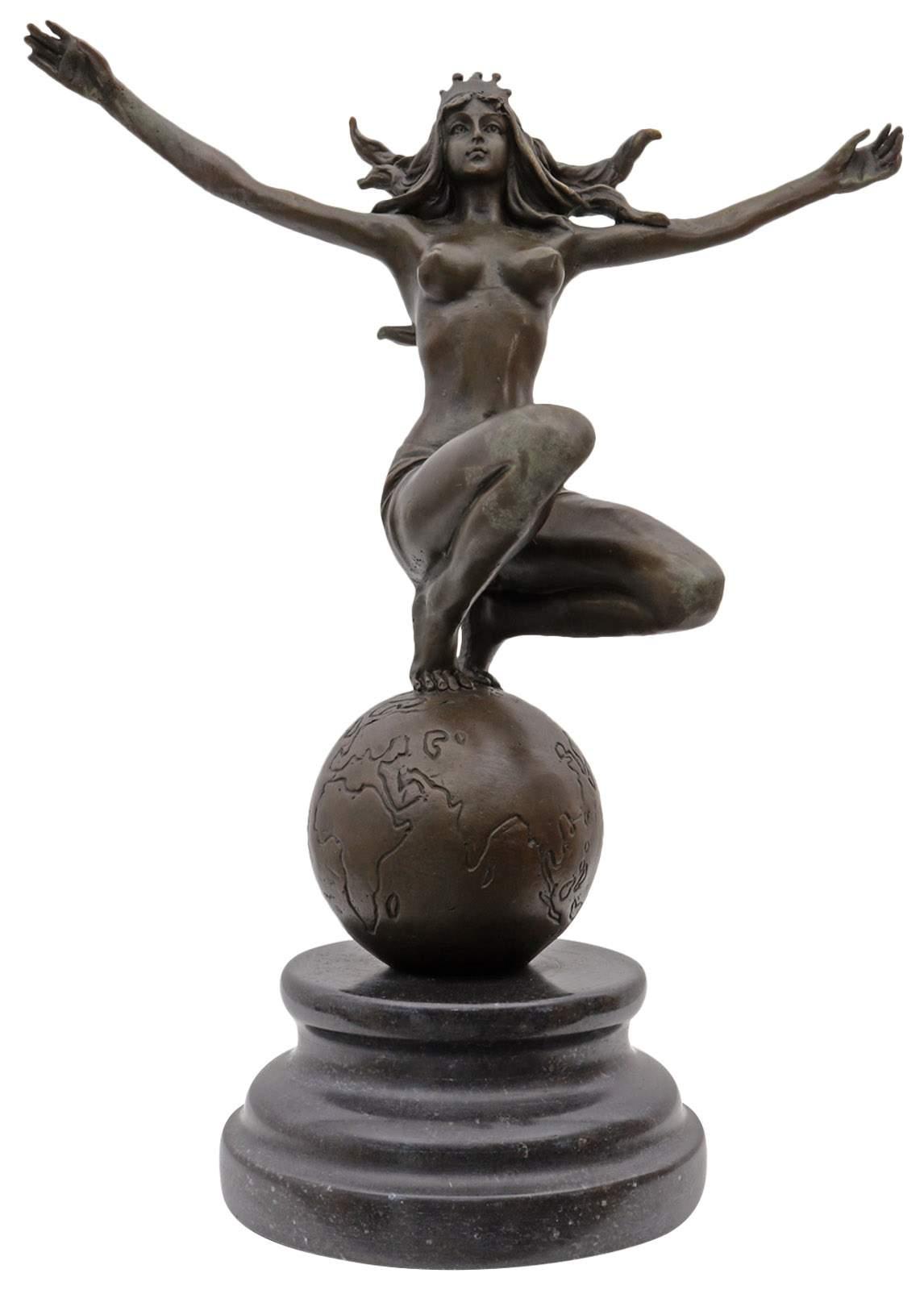 bronzefiguren garten neu bronzeskulptur frau weltkugel im antik stil bronze figur statue 25cm of bronzefiguren garten