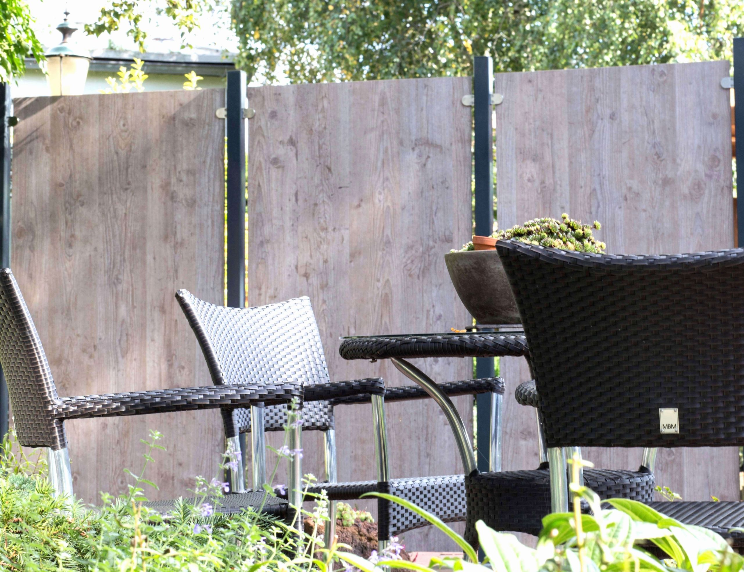 outdoor sculpture garden new terrassengestaltung mit sichtschutz schon garten trennwand holz auf of outdoor sculpture garden