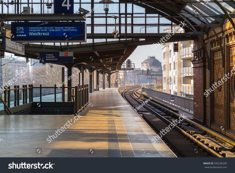 Bahnhof Zoologischer Garten Berlin Inspirierend Hackesche Hoefe Stock S & Vectors