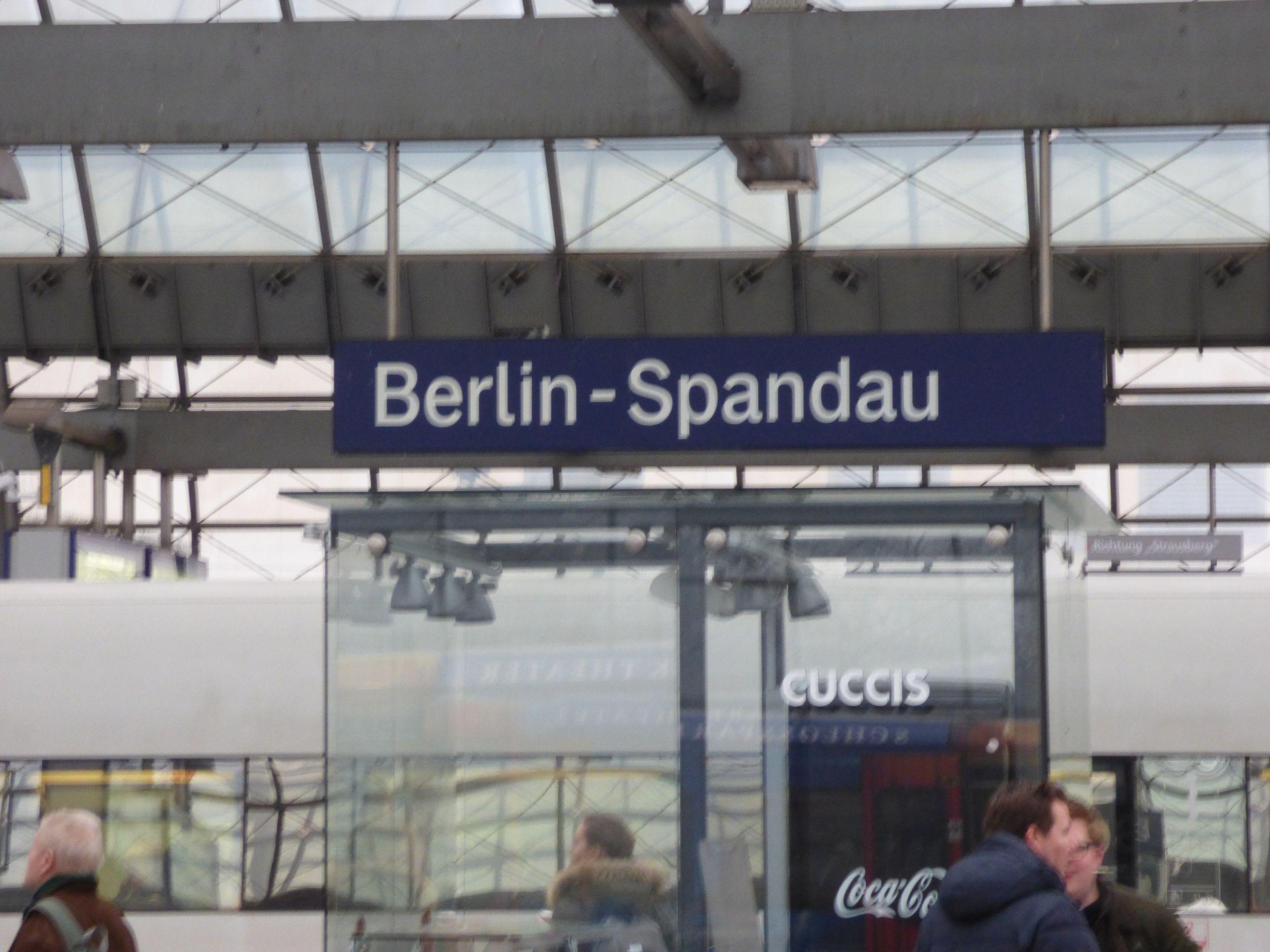 Bahnhof Zoologischer Garten Berlin Schön Berlin Bummel Zwischen Bahnhof Zoo Kranzler Und Hugendubel