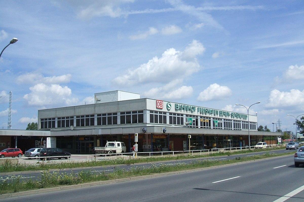 1200px Bahnhof Berlin Schoenefeld Flughafen Gebaeude