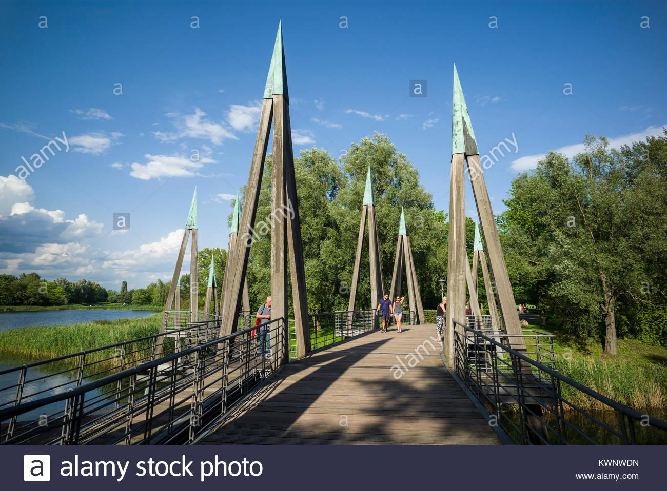 Berlin Britzer Garten Genial Bridge In Park In Berlin Stock S & Bridge In Park In