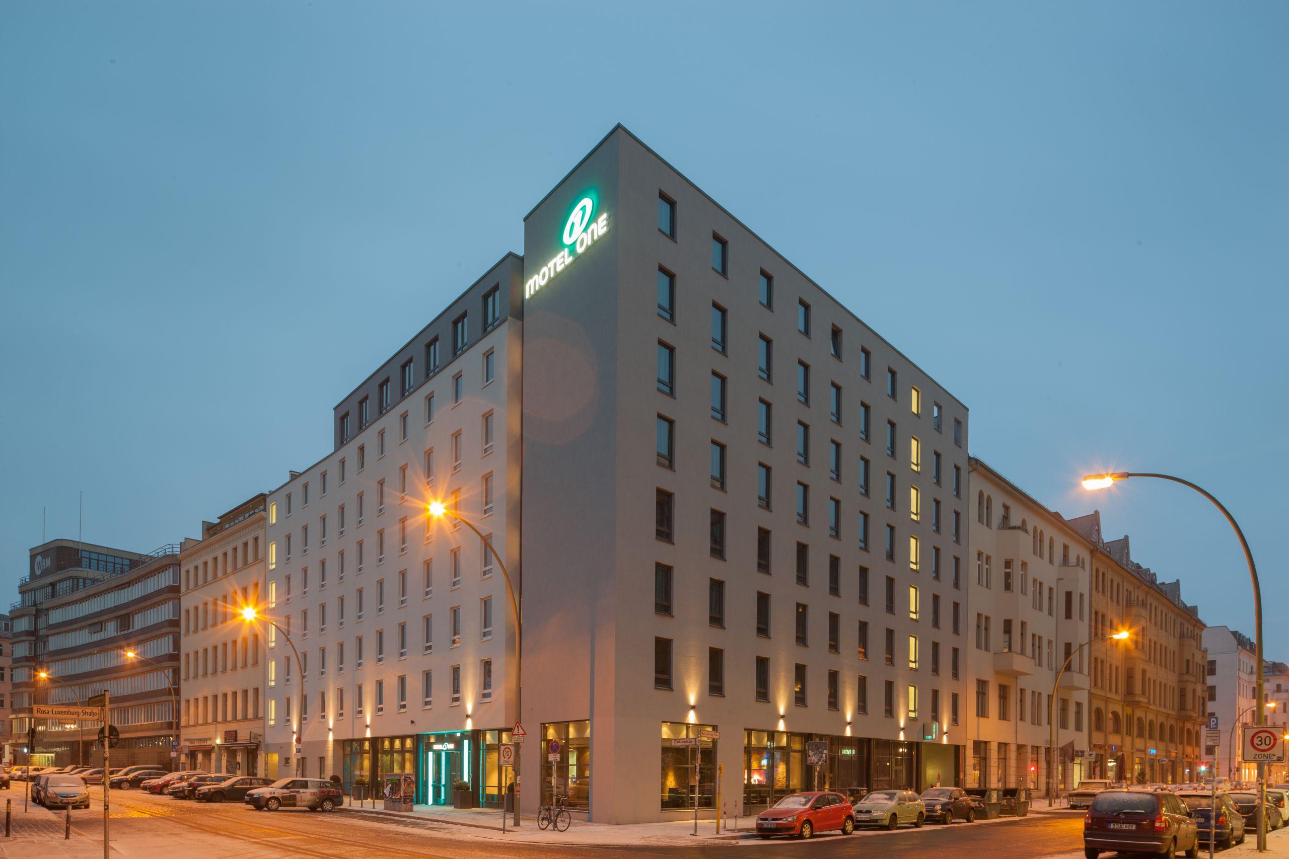 MO Hotel Berlin Hackescher Markt Outdoor 1
