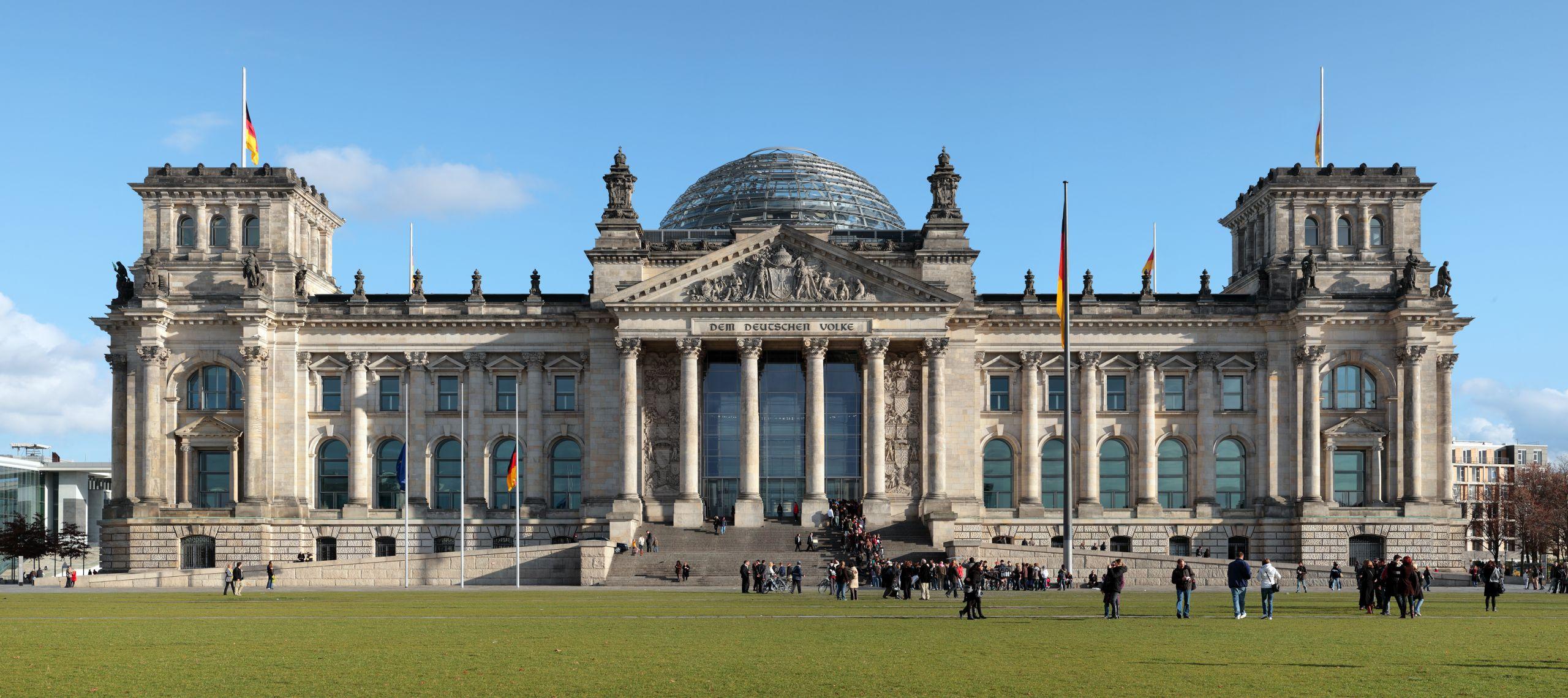 Berlin Britzer Garten Schön Reichstag Building