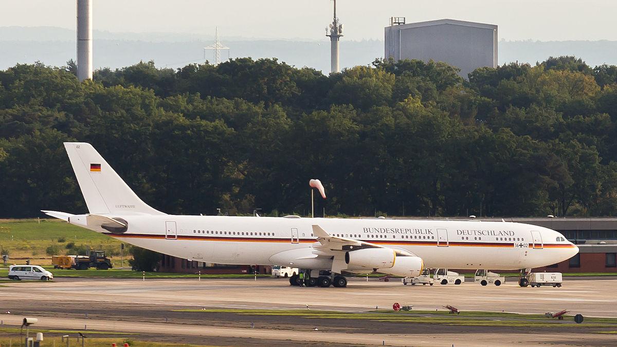1200px Flugbereitschaft Bundesministerium der Verteidigung Airbus A340 300 16 02 Cologne Bonn Airport 0370