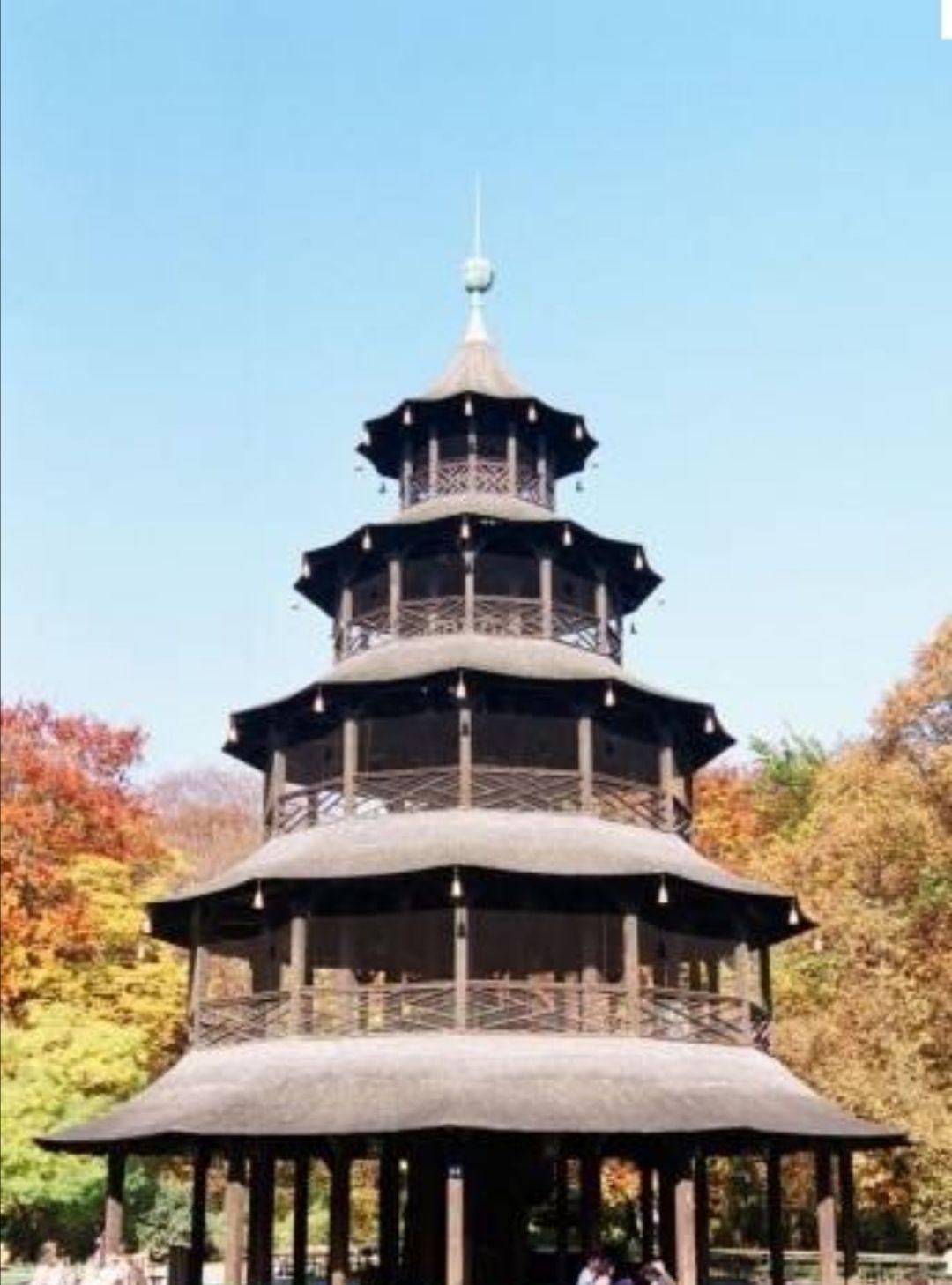 China Garten Neu Chinesischer Turm attractions Zoe爷 Munich Travel Review