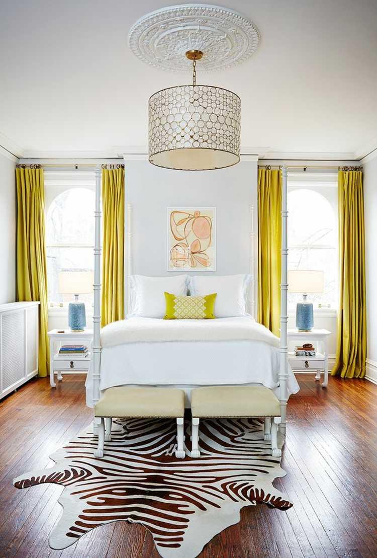 vorhang design schlafzimmer gelb deko fell teppich parkett fussboden