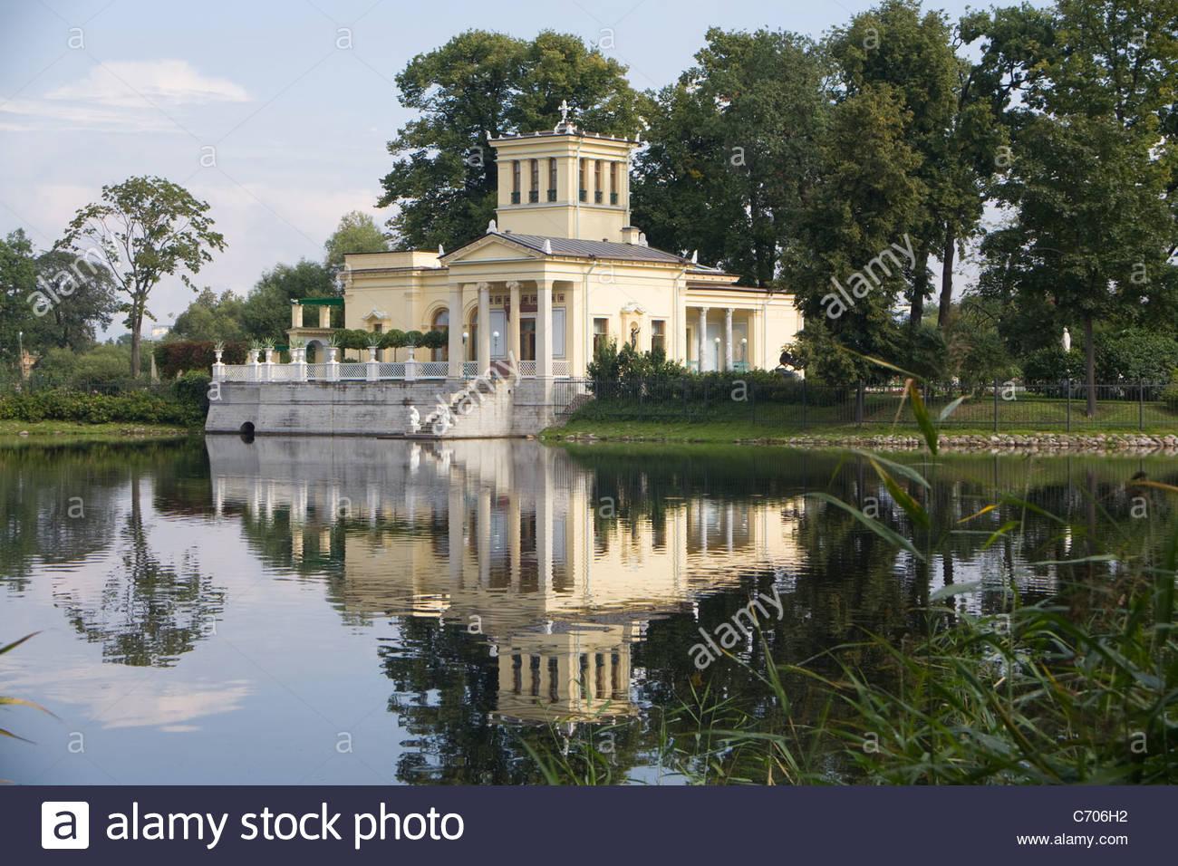 tsaritsyn olgin pavilions peterhof